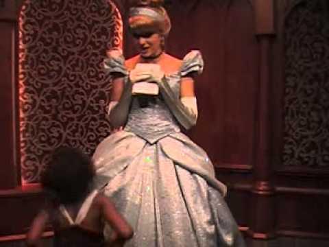 Delana's Dish - Little girl mistakes bride for Cinderella