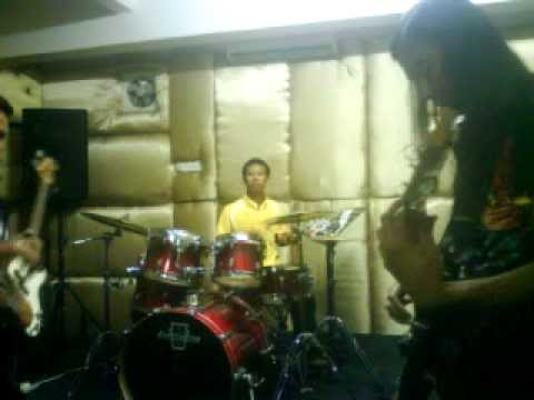 Jamming Lagu Once-Matilah Kau(Cover By RefflesiaBand)