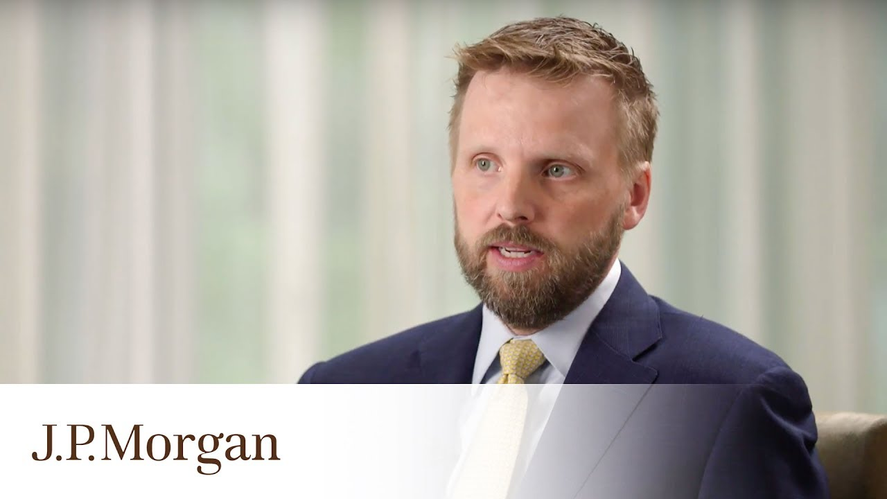 Tactics for Managing Shareholder Activism | J.P. Morgan