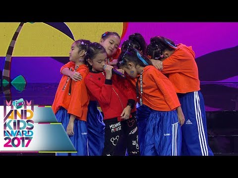 Lagunya Enak Bgt, Zara Leola WAKE UP  - Mom & Kids Awards 2017 (13/12)