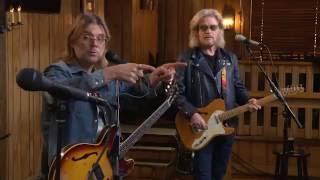 """Live From Daryl's House - """"Find Em, Fool Em, Forget Em"""""""