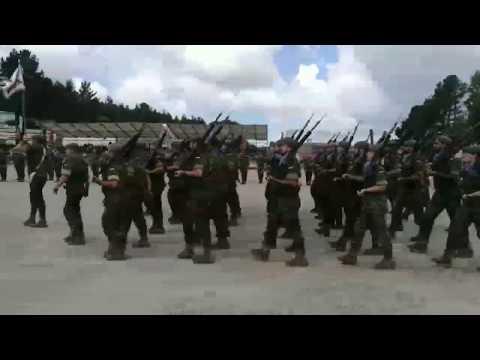 La Brilat celebra con una parada militar el LIII aniversario de su creación
