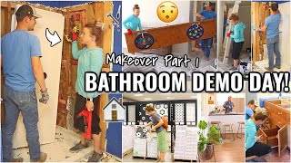 MASTER BATHROOM DEMO DAY!!👏🏼 BATHROOM MAKEOVER PART 1 | RENOVATION HOUSE PROJECTS
