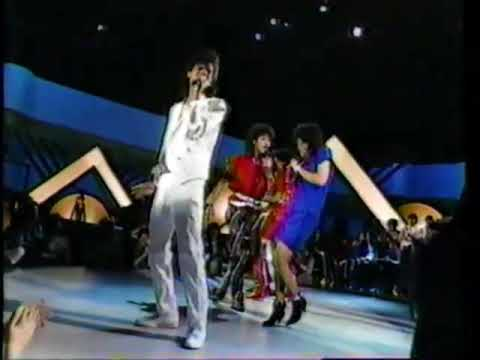 DeBarge - Rhythm of the Night (LIVE! 1985)