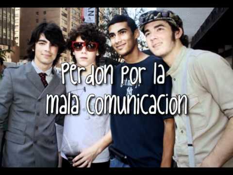 SOS Jonas Brothers Traducida al español