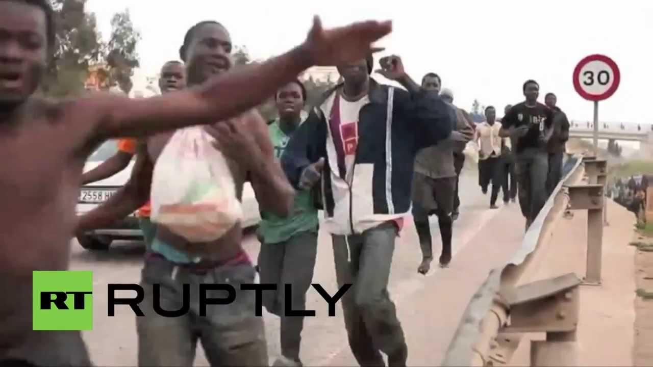 Αποτέλεσμα εικόνας για AFRICAN REFUGEES INVADED IN SPANISH TOWN