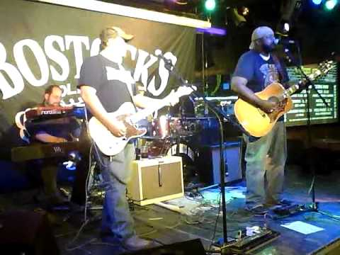 Jimmy Jones Band - Who I Am (Wade Bowen Cover)