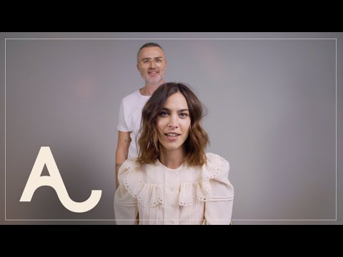 Alexa Chung Signature Waves Hair Tutorial | ALEXACHUNG