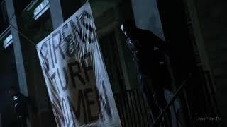 Отрывок из сериала готэм Гордон использовает прожектор для поомощи