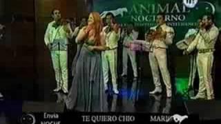 Manoella Torres con Mariachi