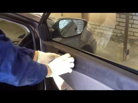 видео: Как снять обшивку двери hyundai solaris (солярис)