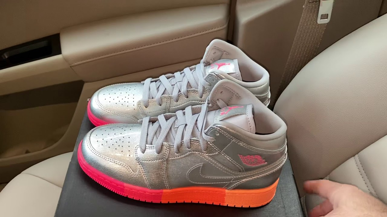 Air Jordan 1 Mid Metallic Silver Pink