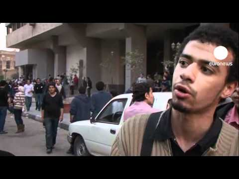 Clashes in Cairo as activists demand state security reforms