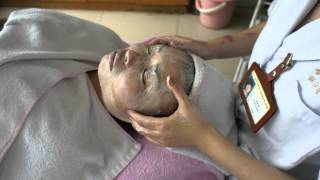 Traditional Chinese Medicine: Facial Massage & Cleansing Techniques