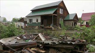 Д.Медведев подписал постановление, которое ускорит выплаты тем, кто пострадал во время паводка.