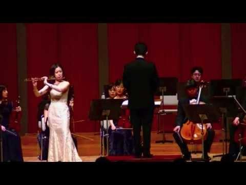 Kaori Fujii: Flute Concerto No. 2 in D K. 314 by W.A. Mozart - 1/3 / 藤井香織:フルート協奏曲第2番 第1楽章 [モーツァルト]
