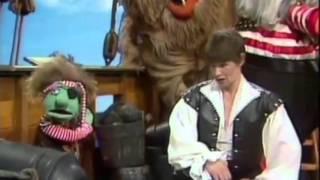 Video The Muppet Show  S05E06 download MP3, 3GP, MP4, WEBM, AVI, FLV Agustus 2017