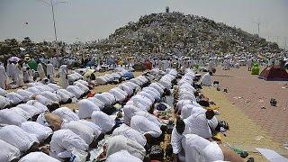 Саудовская Аравия: хадж под палящим солнцем(Около двух миллионов паломников совершают хадж к святым местам ислама в Саудовской Аравии. В Мекке и Медине..., 2015-09-23T17:39:01.000Z)