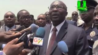 Dr Bawumia pays surprise visit to Passport Office