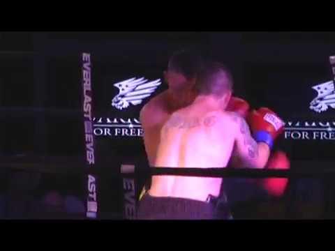 Andy Billups vs Michael Young