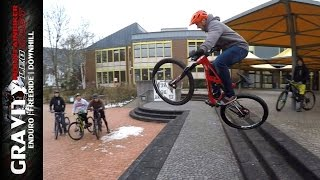 MTB Games #1 - GAME OF BIKE (Easy Moves | Streetbiken | Urban Enduro) [ENGLISH SUB]
