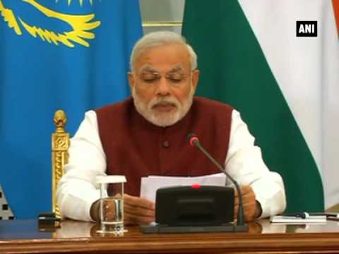 PM Narendra Modi and Kazakhstan President Nursultan Nazarbayev give joint statement in Astana (P-4)