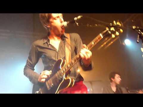 Miles Kane - Inhaler live @ Printemps de Bourges (France) (with Gruff Rhys)