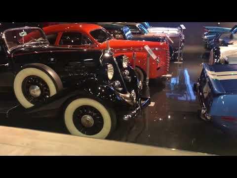 Nostalgia Classic Cars in Dubai, Alserkal Avenue