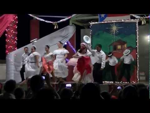 Encendido de la Navidad de la Escuela Jose Cordero Rosario de Palenque.