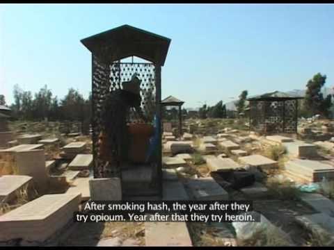 برهنه و باد، فیلم مستند نیما سروستانی در سال 2001 درباره گورخوابی Naked & Wind