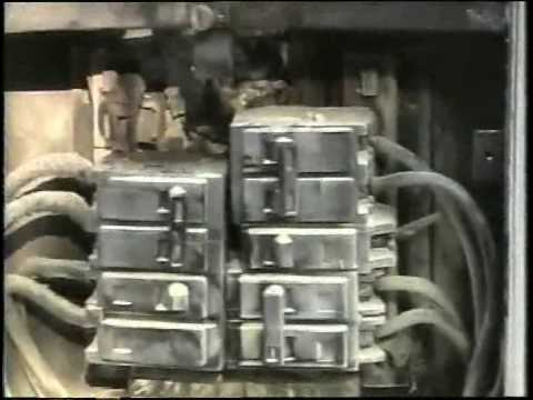 fire in the fuse box mp4 youtube rh youtube com fuse box electrical fire fuse box catching fire