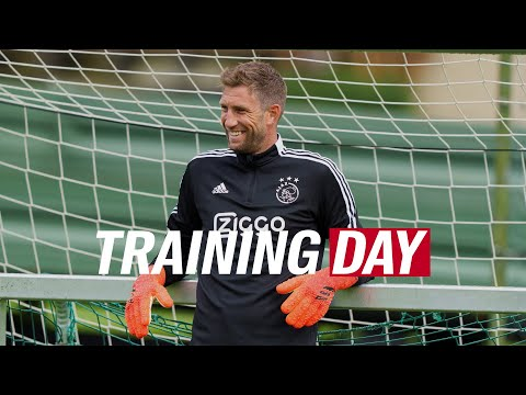 TRAINING DAY 🇦🇹 | Happy days in Austria & goalies working hard 💪