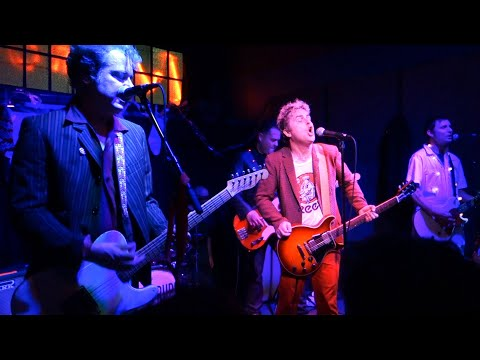 The Coverups (Green Day) - Suffragette City (David Bowie cover) – Secret Show, Live in Albany