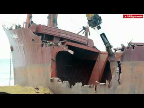 Ship Breaking by Demolition Shear