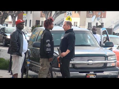 Stealing License Plates In The Hood Prank!