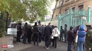 ՈՒՂԻՂ. Մտավորականների միաբանության երթը դեպի Ֆրանսիայի դեսպանատուն