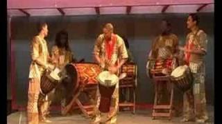 Trupe Percussiva do Ballet Afro Koteban - Djaa Kouroussa