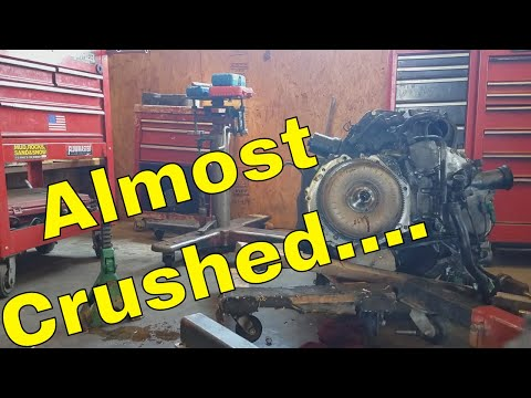 ALMOST GET CRUSHED! 2.5 VW Jetta Transmission Removal - How To / DIY