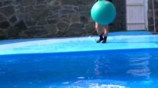 Дельфинарий в Ейске(, 2009-07-19T03:07:25.000Z)