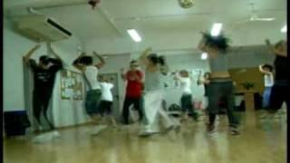 Nicole Andreu (Maia) bailando en academia Urban dance factory Barcelona.avi