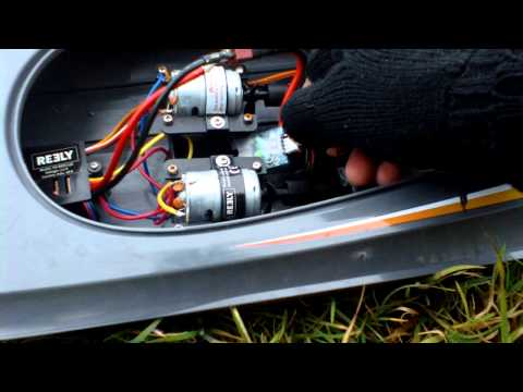 Testing the Bionic 2S lipo in the Reely Wavebreaker