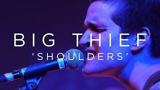 Play Shoulders