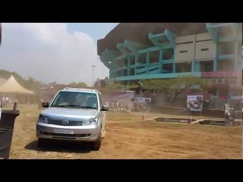 Tata Safari Storm - Drifting and turning and off road testing....