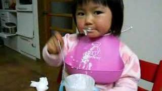 あわあわ、早食い whipped milk, eating quickly