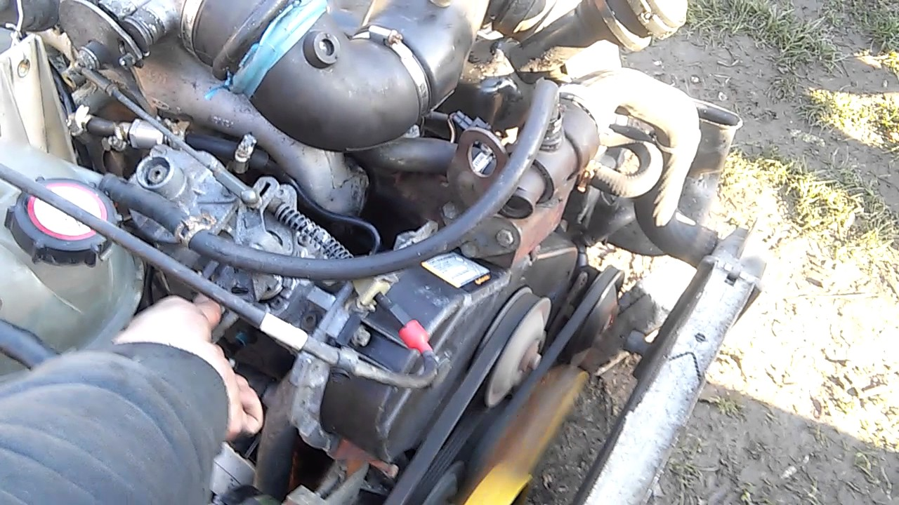 форд транзит 2.5 турбодизель дымит на холостых