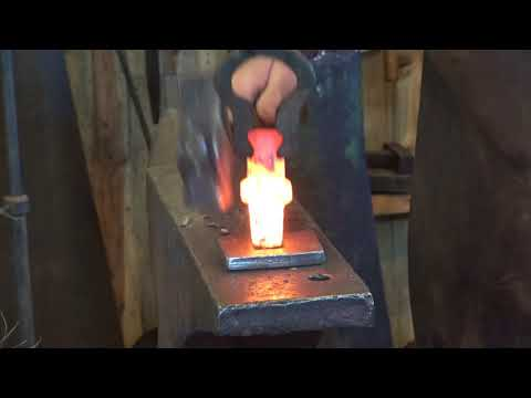 Forging simple hardies for the blacksmith shop - tool making