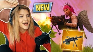 THE NEW LIGHT MACHINE GUN & TROLLING TEAMMATES! (Fortnite: Battle Royale) | KittyPlays