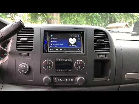 Chevy Silverado 2012 3500 Aftermarket Pioneer Radio.