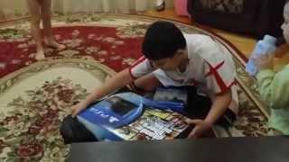 видео На праздник к малышу: что подарить ребенку на 2 года