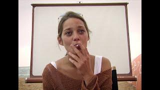 Marion Cotillard sans voile